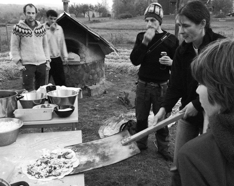 Cuptor de lut permacultura